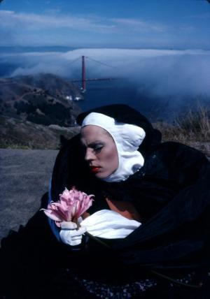 Sister Dominique Nique Nique : Pink Lily, 1984 © Jean-Baptiste Carhaix