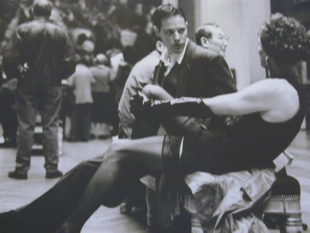 Alberto SORBELLI, Au Louvre, 1994.