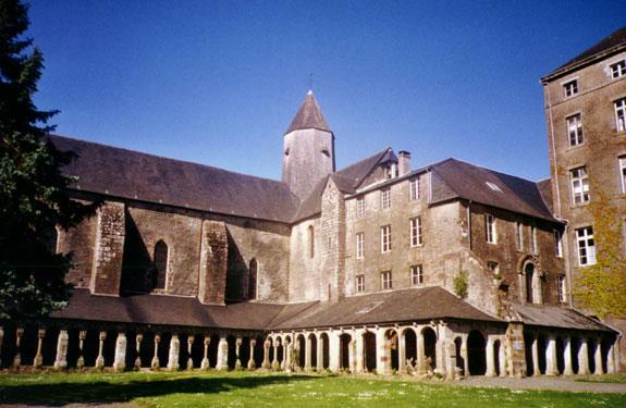 L'Abbaye-Blanche de Mortain où vivait Solweig Ely et sa famille, n'appartient aujourd'hui plus à la communauté des Béatitudes.
