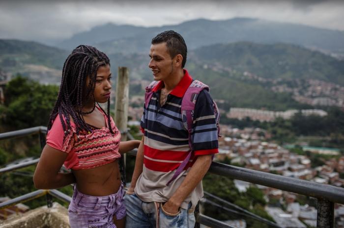 Love is in the air de FEDERICO RIOS / Amours Interdites,  d'Arte et Baozi Production