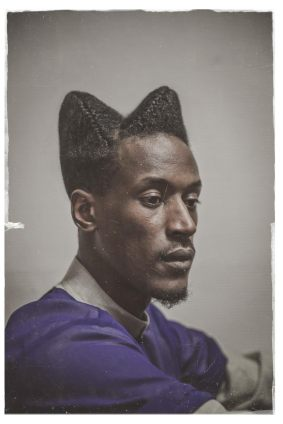Photo : Prisca M. Monnier. Art director style : Catia Da Cruz. Hair stylist : Nadeen Mateky. Model : Abdoulaye Barry. Série : I am.