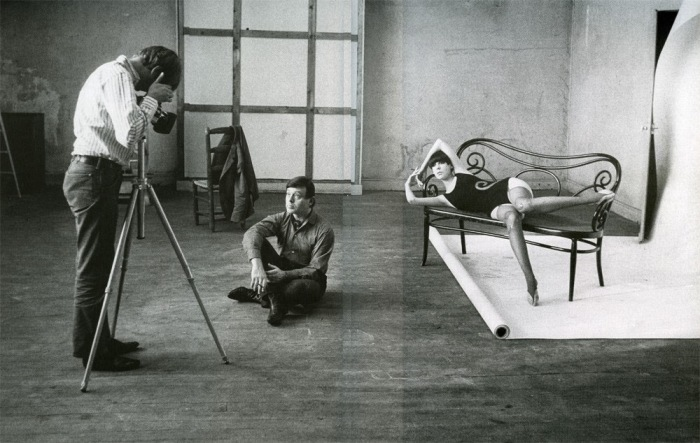 Jeanloup Sieff, Rudi Gernreich et Peggy Moffitt, 1965. Wiliam Clarxton.