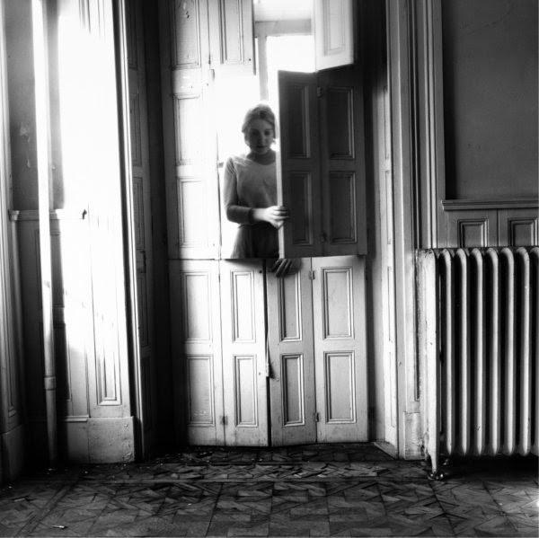 Untitled, Providence, Rhode Island, 1975-76. Francesca Woodman.